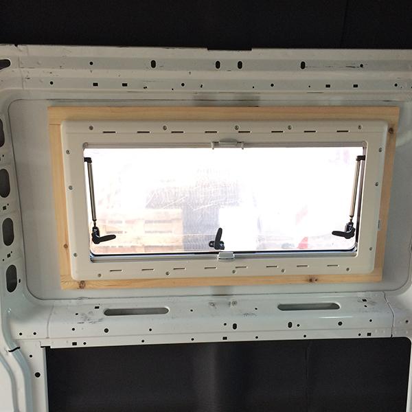 Einbau Seitenfenster
