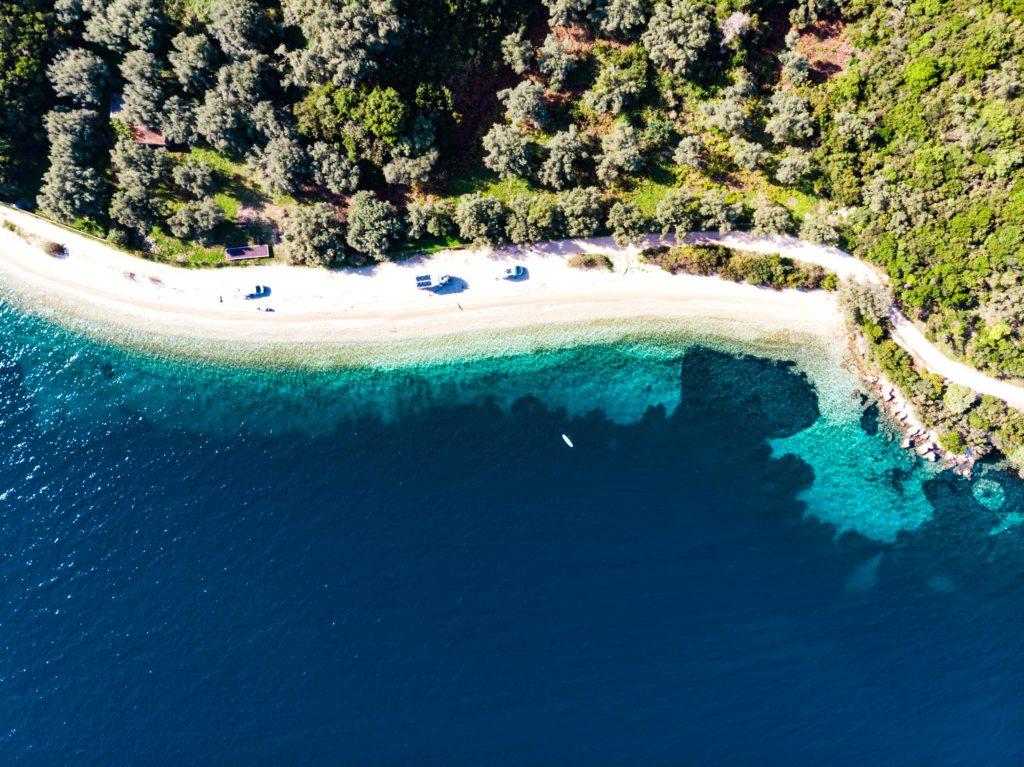 Kamaris Beach