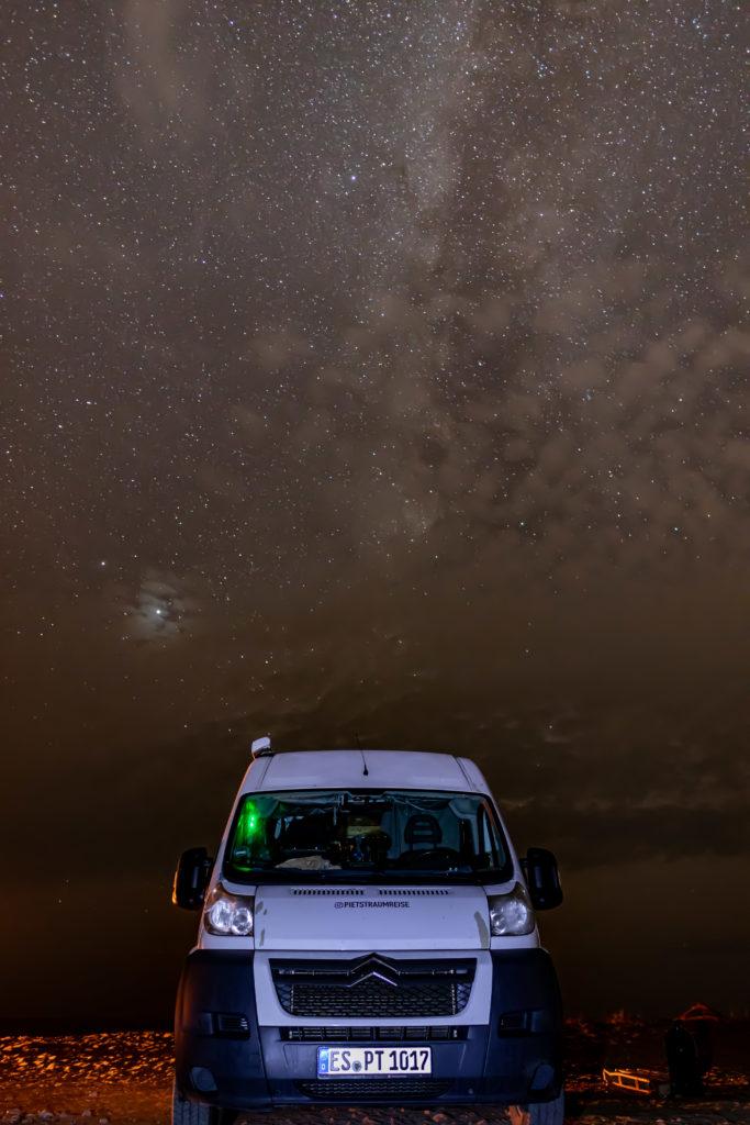 Piet mit Sternenhimmel